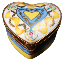 Load image into Gallery viewer, SKU# C012170F Heart Box