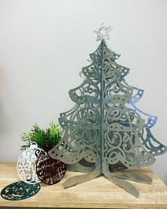 3D Star Topped Christmas Tree