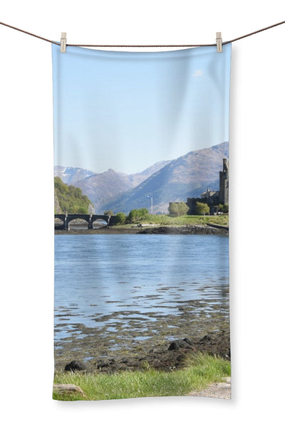 Eilean Donan Castle 40 in the Highlands of Scotland Towel