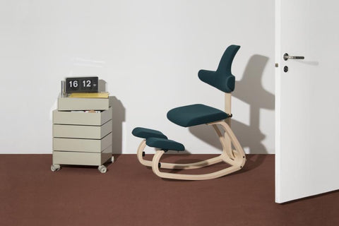 Kneeling chair for Active Office from Fitneff Canada