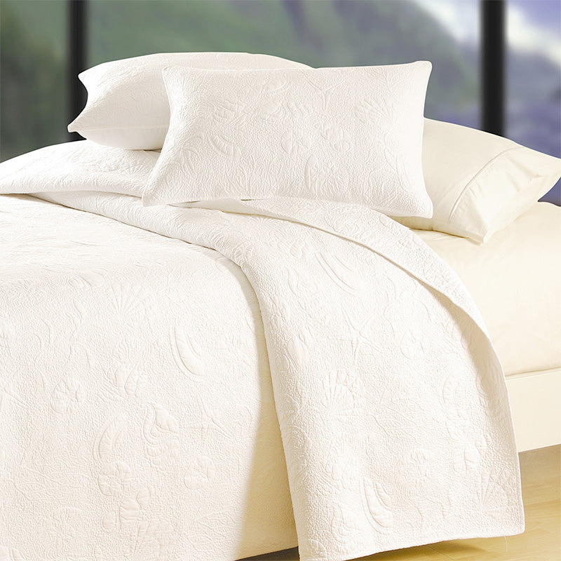 White Shell Quilt - Home Basics Panamá