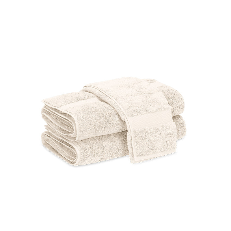 Lotus Fingertip Towel - Home Basics Panamá