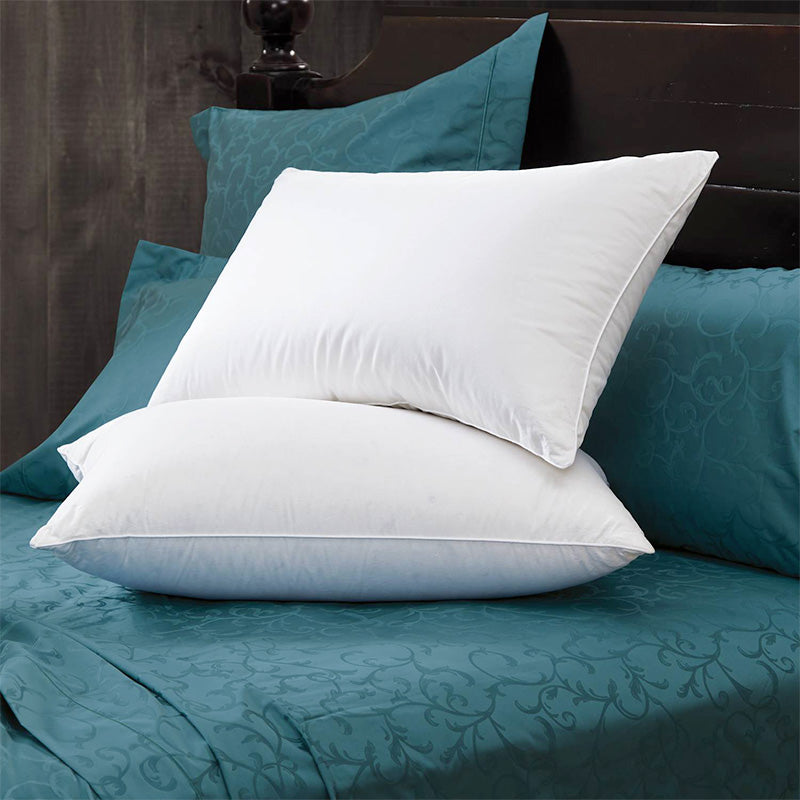 Sateen Synthetic Pillow - Home Basics Panamá