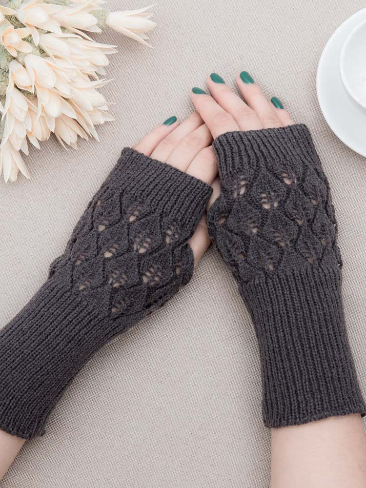 Casual Solid Knitted Gloves & Mittens