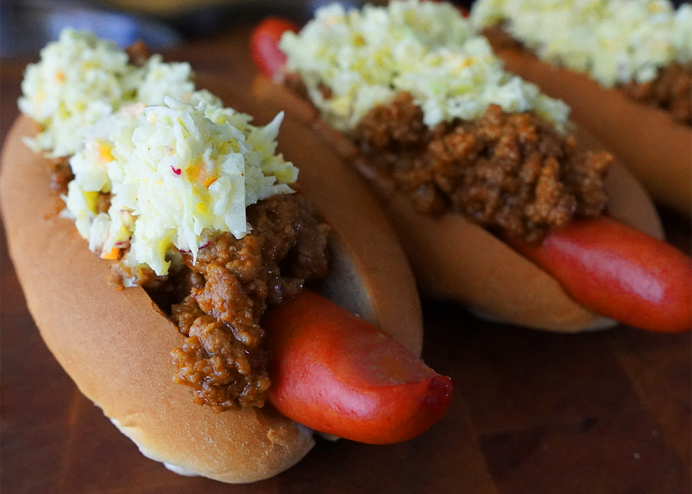 CHUCKWAGON CHILI DOGS WITH HOT CURRY COLESLAW