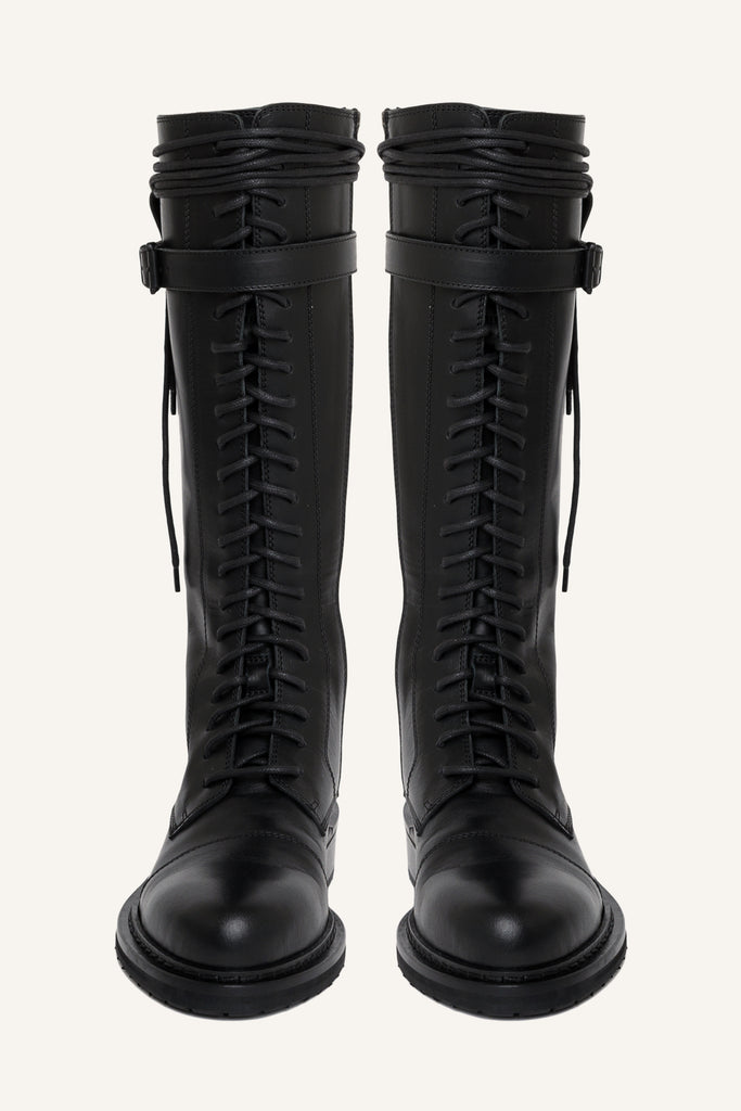 High-knee laced-up boots