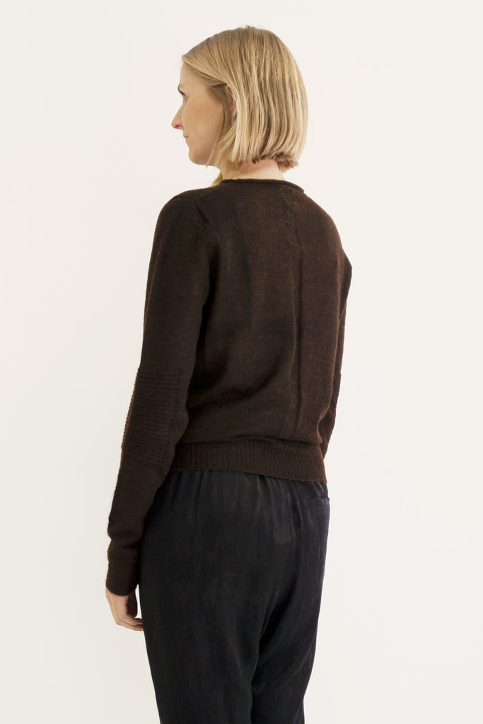 Lightweight, round-neck sweater Brown