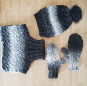 Hat, Dickie and Mitt Set