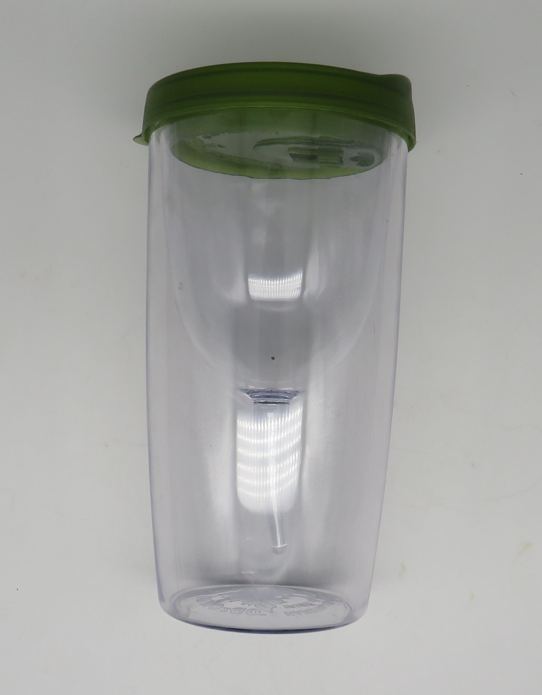 Vino2Go Wine Glass Tumbler With Lids GREEN Acrylic Insulated (For the Boat)