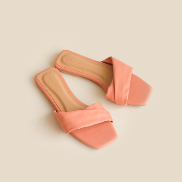Gemma Slipper | Peach