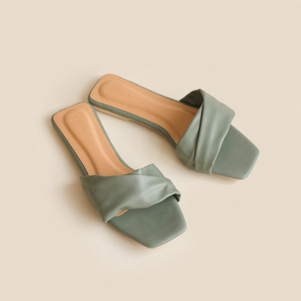 Gemma Slipper | Green