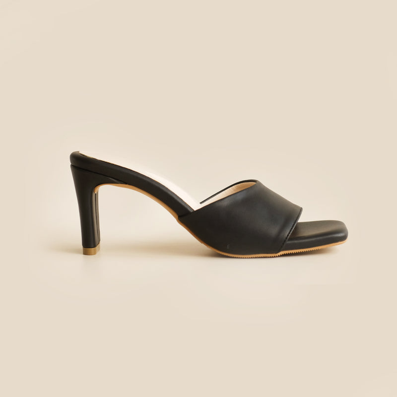 Abbey Heels | Black
