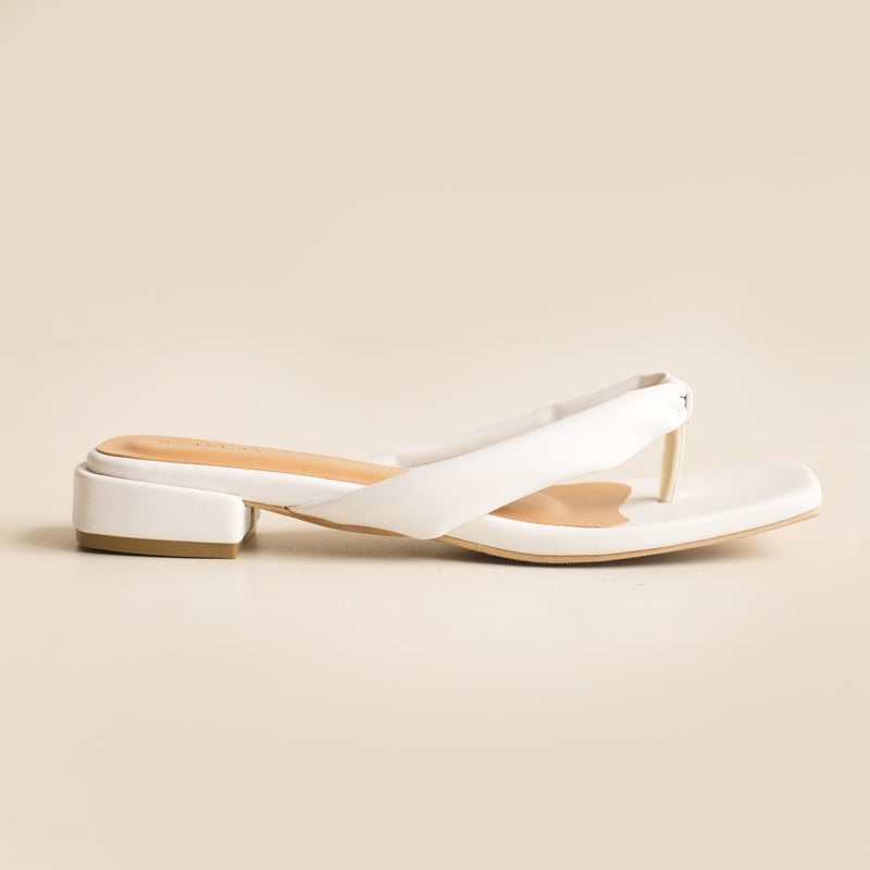 Merilyn Slipper | White