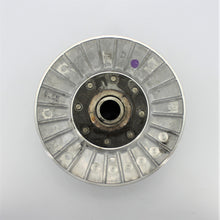 Load image into Gallery viewer, Driven Pulley Group With FOR VESPA  APRILIA  PIAGGIO (SECONDARY PULLEY)