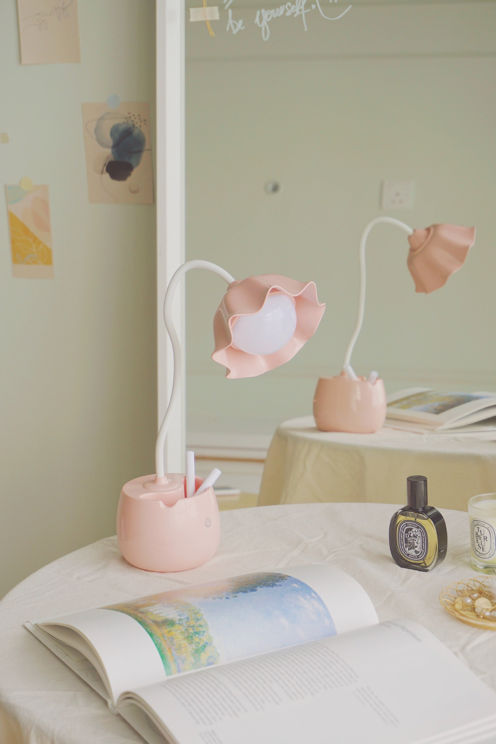 Flower Dream Desk Lamp