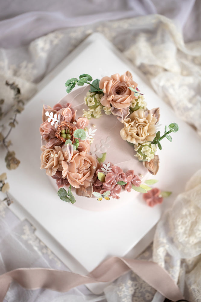 Korean Buttercream Flower Piping Cake