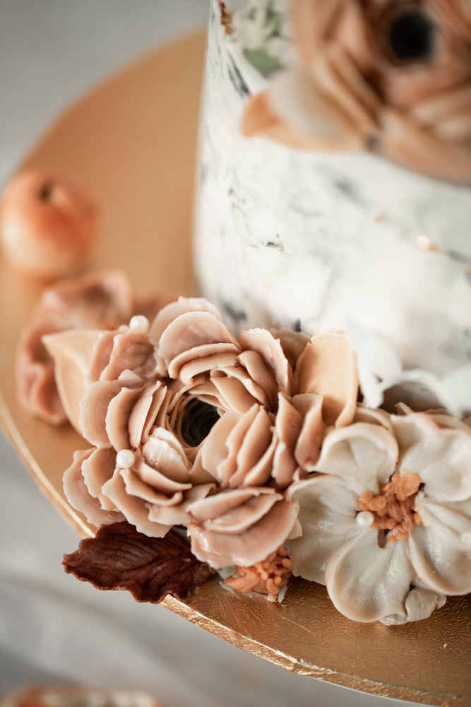 Load image into Gallery viewer, Masterclass: Advance Natural Buttercream Flower Piping (2-Day Class)