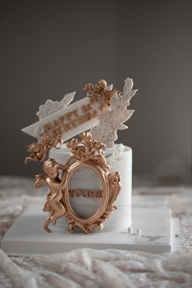 Load image into Gallery viewer, Baroque Style Angel Marble Cake
