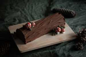 Load image into Gallery viewer, Hazelnut Chocolate Christmas Log