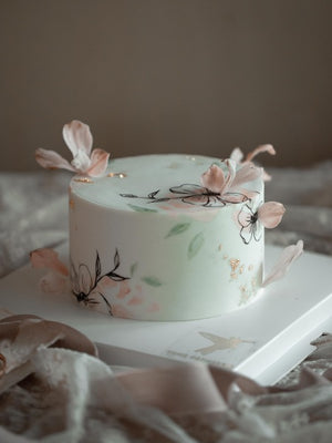 "Load image into Gallery viewer, ""June"" Handpainted Floral Fondant Cake"