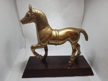 Load image into Gallery viewer, Bronze Horse Statue,Vintage bronze Statue