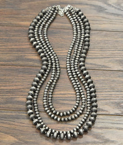 The Navajo Pearl | Necklace