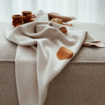 Blanket Edie - Off White / Rust