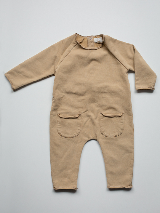 Cosy Playsuit - camel 6m
