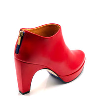 Load image into Gallery viewer, dr. Liza bootie 2.0 - CHILLI RED