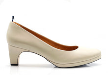 Load image into Gallery viewer, dr. Liza sneaker pump - SAND