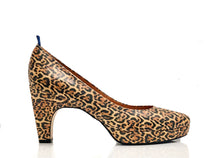 Load image into Gallery viewer, dr. Liza pump - LEOPARD