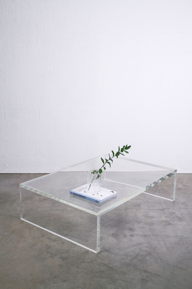 The GASTON coffee table