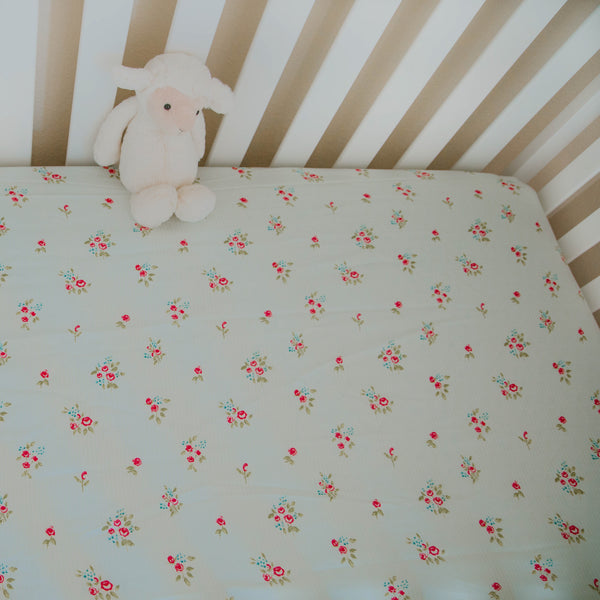 Crib Sheet - Lovely Simple Stripes
