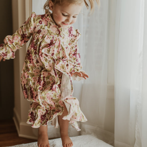 Sweet Ruffled Robe - Plum Floral