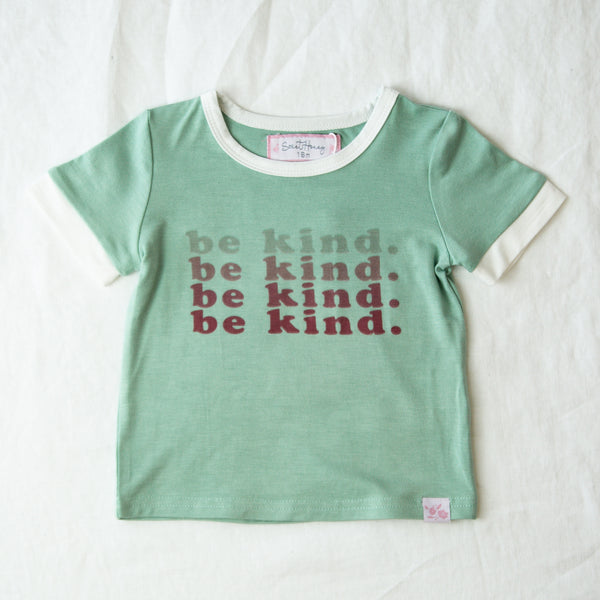Graphic Tee - Be Kind
