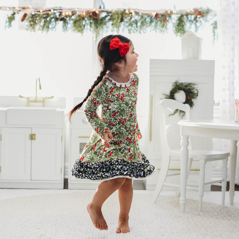 Dreamer Gown - Holiday Foliage