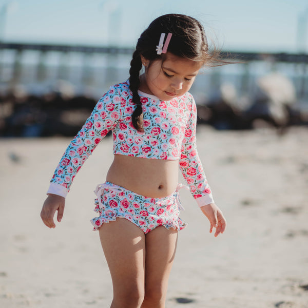 Crop Rash Guard – Covered in Roses