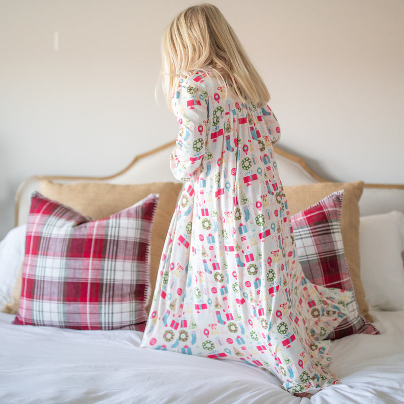Sweet Ruffled Robe - Holiday Cheer
