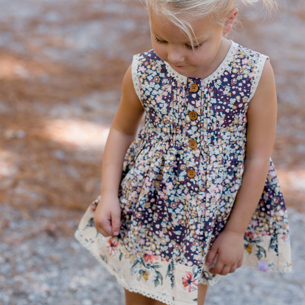 Nora Tunic - Ditzy Flowers