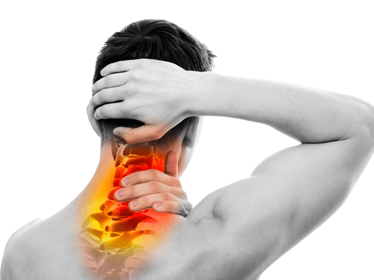 4 Tips and stretches to relieve your neck pain