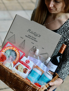 NEAPOLITAN CHRISTMAS HAMPER - GIVE THE GIFT OF PIZZA