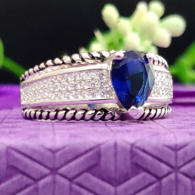 Beautiful Blue 925 Sterling Silver Ring - ayaanadivine.