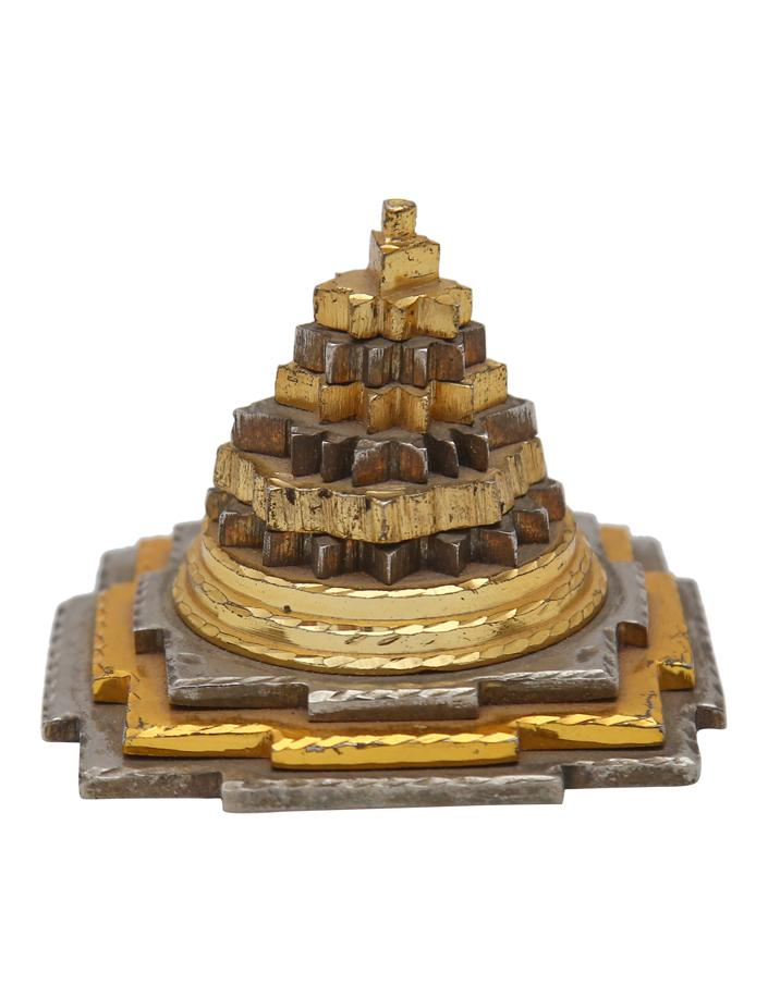 Maha Meru Shree Yantra In Ashtadhatu Metal - ayaanadivine.