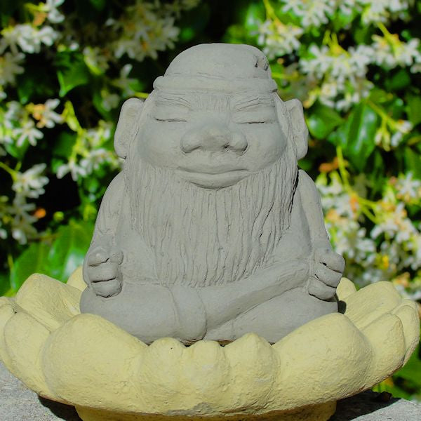 Load image into Gallery viewer, Meditating Gnome (Small)