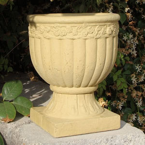 Load image into Gallery viewer, Primitive Rose Urn