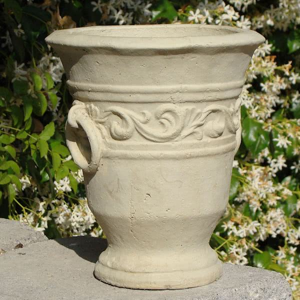 Load image into Gallery viewer, Motif Urn w/ Rings