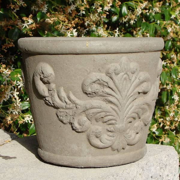 Round Regalia Pot (Small)