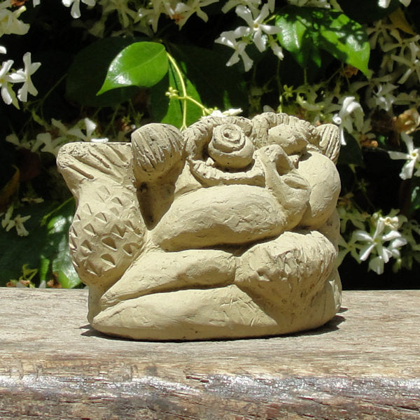 Scrunched Owl Pot Feet (3 Pcs.)