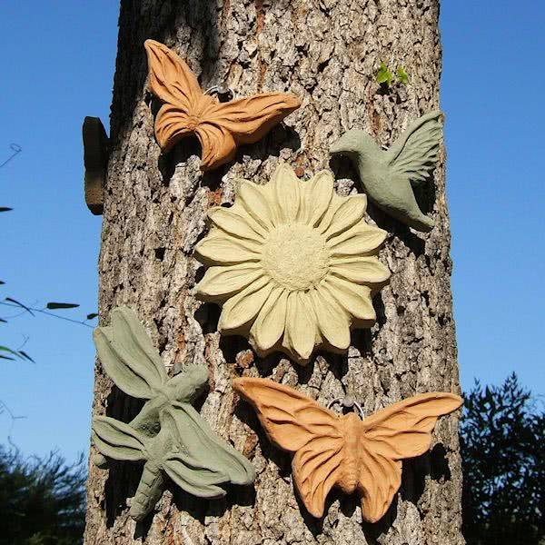 Load image into Gallery viewer, Springtime Dragonfly Plaque