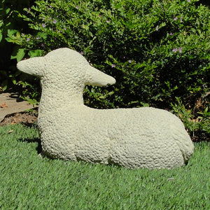 Vintage Laying Lamb (Large)